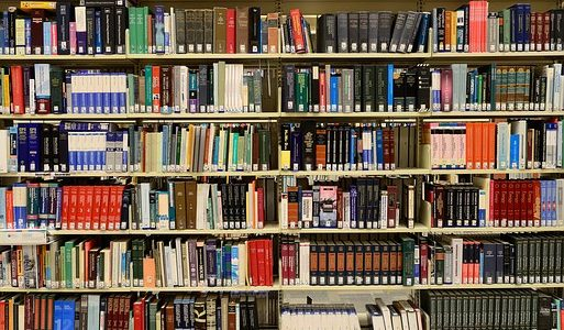 Comment bien choisir des étagères pour livres?