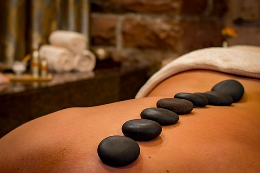 massage pierres chaudes