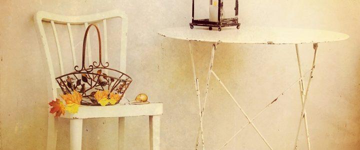 Les défis à relever avec une table pliante en métal?